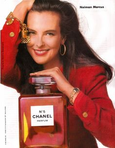 Carole Bouquet for Chanel 5 - hoop earrings
