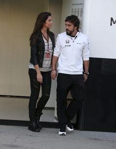 Fernando Alonso y Lara Álvarez  #formula1 #periodista #modadeportiva #moda #estilo #pareja #amor