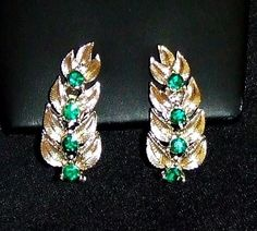 1378~Vintage Textured Gold Tone Leaf Green Rhinestone Clip Back Earrings**