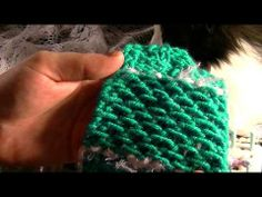 Learn how to loom knit the honey comb stitch using this loom knitting tutorial by Amanda Pratt.