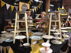 great craft booth displays | ... booth. They were selling all kinds of cake and cupcake displays made