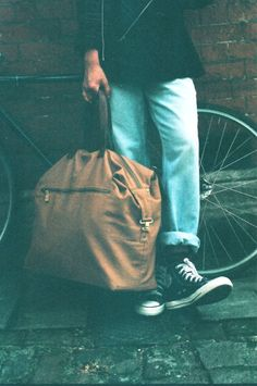 Light brown overnight bag by Beyond Retro Boho Chic, Olympia London, Estilo Boho, Aw17, Boho Outfits, Drawstring Backpack, Fashion Brands, Menswear, Mens Fashion