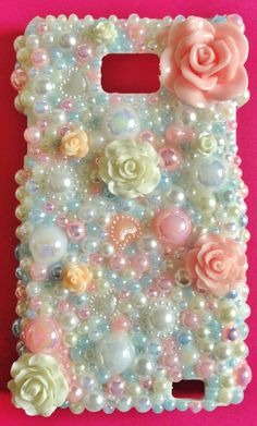 I love the pastel pearls in this, it's soo pretty!!