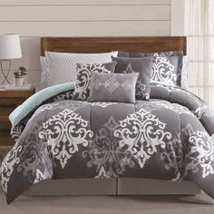 Textured Damask 12-piece Bed in a Bag with Sheet Set and 2 Bonus Pillowcases