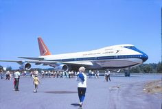 One of the first 5 delivered to South African Airways. Scanned from transparency,taken at Paine Field, Washington,USA. Paine Field, Boeing Aircraft, Washington Usa, Spacecraft, Historical Photos, Airplanes, Sailing Ships, Heavy Metal, South Africa