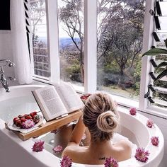 [New] The 10 Best Home Decor Ideas Today (with Pictures) - Yes please! Dream bathtub Don't forget to use our Bamboo bath towels . Jacuzzi, Jewel Candle, Entspannendes Bad, Bath Pictures, Dream Bath, Bathroom Spa, Bathroom Marble, Design Bathroom, Bathroom Ideas