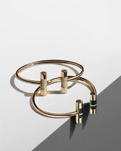 Wonderful Black Gold Jewelry For Beautiful Pieces Ideas. Breathtaking Black Gold Jewelry For Beautiful Pieces Ideas. Clean Gold Jewelry, Black Gold Jewelry, Minimal Jewelry, Modern Jewelry, Fine Jewelry, Jewelry Rings, Bijoux Design, Schmuck Design, Jewelry Design