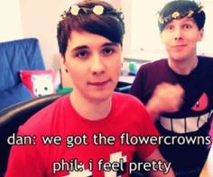 You are pretty, Phil *^_^* Danisnotonfire -- Dan Howell // AmazingPhil -- Phil Lester