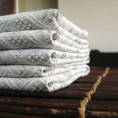 Jacquard linen table runner | Rustic | Lovely Home Idea by LovelyHomeIdea on Etsy