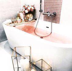 home decor minimalist Home Design Ideas: Home Decorating Ideas Cozy Home Decorating Ideas Cozy -P I N T E R E S T//DearAutumn- Home Design, Decor Interior Design, Interior Design Living Room, Design Ideas, Interior Decorating, Diy Bathroom Remodel, Diy Bathroom Decor, Small Bathroom, Budget Bathroom