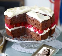 Jo Wheatley's Raspberry Red Velvet Cake Jo Wheatley winner of Great British Bake Off BBC Good Food Bbc Good Food Recipes, Mexican Food Recipes, Yummy Food, Healthy Food, Cupcakes, Cupcake Cakes, Cake Recipes, Dessert Recipes, Diet Recipes