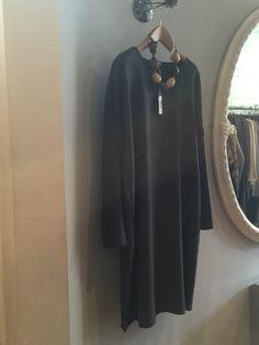 I want! Fab dress...