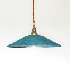 世界が驚く美しさ。オリイマーブルのシェード。銅板シェードのペンダントライトtone WIDE blue モメンタムファクトリーOrii