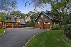 Luxury homes in stunning and spacious greenwich home