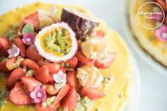 Koska meille ruoka merkitsee paljon, haluamme, että juhlissamme myös vierailla on mahdollisuus tehdä niitä fiksumpia valintoja. Tämä tarkoittaa tarjottavia, joiden syömisestä ei jää paha olo.…