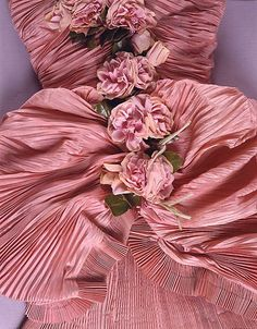 detail of a ball gown - Balenciaga, 1948
