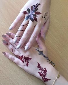 Best Mehndi Designs for Hands Fingers. You can easily make mehndi designs on your hands feet step by step. Modern Henna Designs, Henna Designs Feet, Floral Henna Designs, Henna Tattoo Designs Simple, Mehndi Designs Book, Mehndi Design Pictures, Mehndi Designs For Girls, Bridal Henna Designs, Mehndi Designs For Beginners
