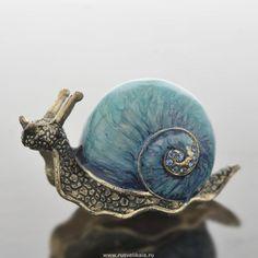 Klicken Sie, um das Foto zu schließen. Klicken und ziehen - #das #Foto #klicken #schlie #schließen #Sie #um #und #ziehen #zu Ceramic Animals, Clay Animals, Fimo Clay, Ceramic Clay, Snail Tattoo, Snail Art, Snail Shell, Beautiful Bugs, Shattered Glass