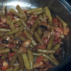 Best Green Beans Recipe - French style green beans combined with bacon, mushrooms, garlic,and soy sauce.