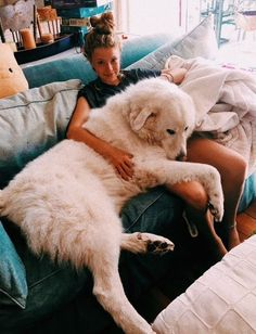 """:) """"cachorro"""" gigante - Fun, Dogs & other disasters - Perros Graciosos Cute Puppies, Cute Dogs, Dogs And Puppies, Doggies, Pyrenees Puppies, Great Pyrenees Puppy, Corgi Puppies, Baby Dogs, Puppy Cuddles"""