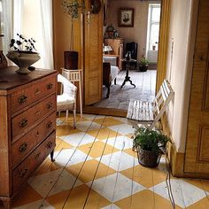 Great mustard yellow and white chequered floor!