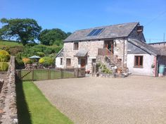 Gospenheale Barn, Pipers Pool, Launceston, Cornwall, England. Holiday. Travel. https://www.theholidaycottages.co.uk/. Self Catering. Cottage. Gold Award.