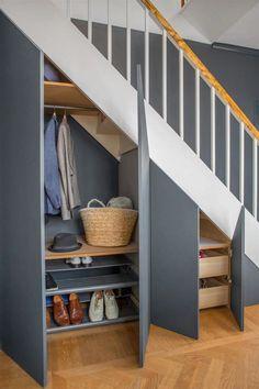 35 Awesome Storage Design Ideas Under Stairs Staircase Storage, Staircase Design, Storage Under Stairs, Staircase Ideas, Modern Staircase, Cabinet Under Stairs, Under Stairs Storage Solutions, Spiral Staircases, Flur Design