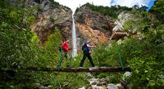 Slowenien ist ein Paradies für Wanderer. 10.000 km markierter und angelegter Wanderwege. 175 Berghütten, Hotels für Wanderer und Campingplätze für Aktivurlauber.