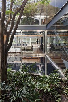 Bacopari House | UNA Arquitetos #exterior #courtyard