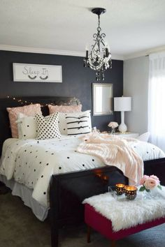 Blush black and white! A classic and on-trend combination! Create a plush and cozy bed for yourself&; Blush black and white! A classic and on-trend combination! Create a plush and cozy bed for yourself&; Dream Rooms, Dream Bedroom, Master Bedroom, Bedroom Colors, Bedroom Decor, Bedroom Ideas, Cozy Bedroom, Cute Room Decor, Traditional Bedroom