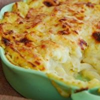 Bern's Steak House's White Truffle Macaroni & Cheese by Berns Steak House - Tampa---A VERY RICH COMFORT FOOD--LOOKS & SOUNDS AMAZING--HAVE TO TRY THIS--GIVE RECIPE TO SARAH (AYEN'S MOMMY)  :>)