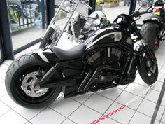 Harley-Davidson V-Rod Night Rod | 08dx custom sold arnott air ride pcv w auto tune