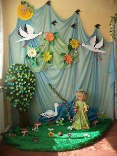 Board Decoration, Class Decoration, School Decorations, Birthday Decorations, Christmas Classroom Door, Classroom Decor, Deco Ballon, Diy And Crafts, Crafts For Kids