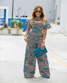 ankara stil Every African women like to be seen in the latest Ankara styles, weve got all the trending Ankara designs. Its almost the end of the year and what comes with African Fashion Designers, African Print Fashion, Africa Fashion, African Fashion Dresses, Ankara Fashion, African Prints, African Fabric, African Attire, African Wear
