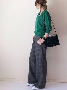 ファッション ファッション in 2020 Modern Hijab Fashion, Fashion Mode, Fall Fashion Outfits, Japan Fashion, Look Fashion, Korean Fashion, Womens Fashion, Casual Work Outfits, Stylish Outfits