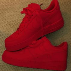 Find Your Perfect Pair Of Shoes – Some Advice For Your Next Purchase – Shoes Dr Shoes, Black Nike Shoes, Hype Shoes, Red Nike Shoes Womens, Shoes Jordans, Jordan Shoes Girls, Girls Shoes, Ladies Shoes, Nike Fashion