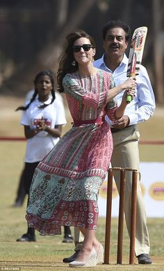 Kate, 35, wore a £140 boho frock by Dongre while visiting Mumbai with husband William in April 2016 - and quickly sent sales soaring (pictured here trying her hand at a spot of cricket) Duchess Kate, Duke And Duchess, Duchess Of Cambridge, Kate Middleton Dress, Princess Kate, Indian Wear, Frocks, Spring Fashion, Lace Skirt