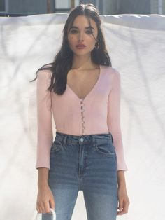 Easy little knit guy. This is a slim fitting top with center front button loops, a v neckline and slight bell sleeves. Shop the Gellar Top. Teen Fashion Outfits, Casual Outfits, Cute Summer Outfits, Cute Outfits, Bold Makeup Looks, Red Tank Tops, Feminine Style, Spring Summer Fashion, Fall Fashion