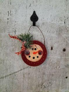 Primitive Snowman Ornament Primitive Snowmen Metal Snowman Christmas Ornaments To Make, Very Merry Christmas, Snowman Ornaments, Christmas Crafts, Painted Snowman, Felt Snowman, Primitive Snowmen, Primitive Crafts, Country Christmas