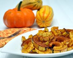Roasted Delicata Squash ♥ AVeggieVenture.com, the easiest winter squash to cook, yes, you do eat the skins! No need to peel a delicata squash! Low Carb. Weight Watchers PointsPlus 3.