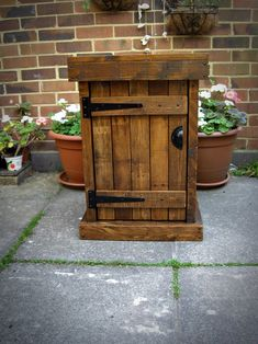 Your place to buy and sell all things handmade Rustic Shabby Chic, Shabby Chic Style, Rustic Style, Old Barn Wood, Rustic Wood, Woodworking Inspiration, Woodworking Projects, Brighton, Rustic Nightstand