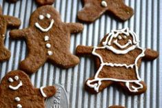 gingerbread people dairy free - 13 Christmas crafts for the kitchen - gluten free Christmas recipes