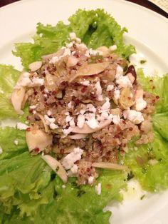 Salada de quinoa com alcachofra, molho cítrico e castanha do Brasil!! Receita deliciosa no blog!!