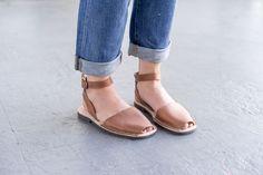 Classic Style Strap Brown Avarca | Avarcas USA