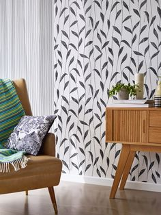 We've got thousands of wallpaper patterns to choose from. Whether you're looking for a bright feature wall, or a classic stripe, we have a wallpaper design for you Wall Wallpaper, Pattern Wallpaper, Esprit Home, Wallpaper Manufacturers, Designer Wallpaper, Home Collections, Color Trends, Modern, Pattern Design
