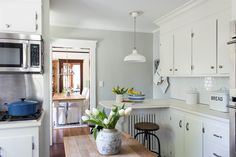 The Best Coastal Paint Colors I Finding Silver Pennies - Gray Owl in our Kitchen