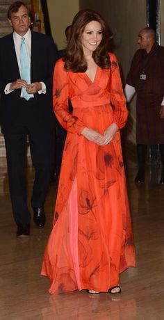 The Duke and Duchess of Cambridge Visit India and Bhutan - Kate Middleton Style Kate Middleton Outfits, Vestidos Kate Middleton, Style Kate Middleton, Kate Middleton Photos, Middleton Wedding, Princesa Kate Middleton, Estilo Real, Princess Kate, Duke And Duchess