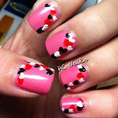 Here is my Valentine's version of the traditional border spotted nails Follow me on Instagram: @HC Nails Follow my blog: www.hcnails.blogspot.com