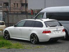 good looking BMW wagon Bmw Sport, Sport Cars, Bmw M5, E61 Bmw, E46 Touring, Station Wagon Cars, Sports Wagon, Bmw Wagon, Bmw Love