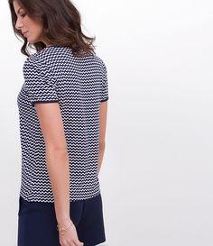 Blusa feminina  Manga curta  Com amarração no decote  Marca: A Collection  Tecido: viscose  Modelo veste tamanho: P     COLEÇÃO VERÃO 2017     Veja outras opções de    blusas femininas
